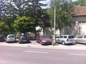 bisnitarii blocheaza parcarile publice din resita
