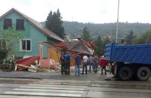 demolare magazin