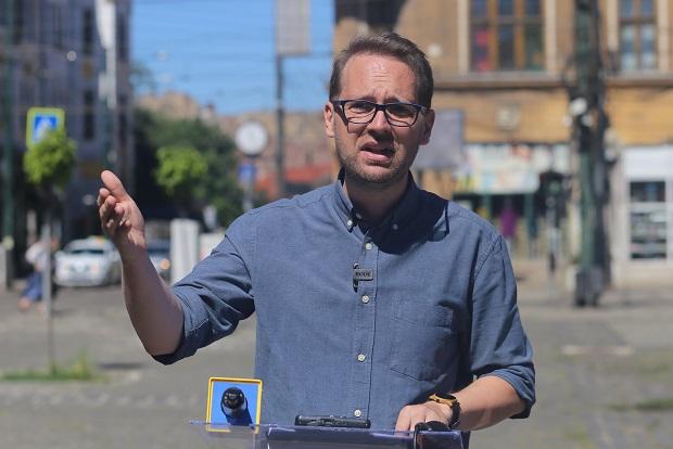 VIDEO Neamțul care vrea să fie primarul Timișoarei ...   Dominic Fritz